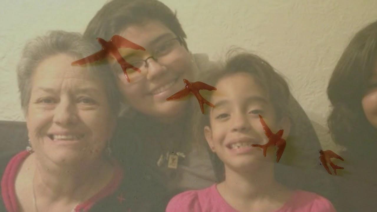 Abuelitas by Angélica Gonzalez
